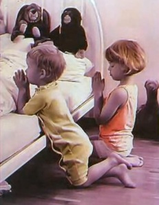 brother-and-sister-pray